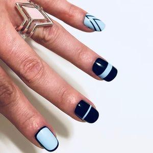Jewelry - 💍Pink Diamond Shaped Silver Fashion Ring Size 6💍